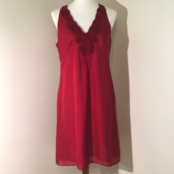 LOFT Dresses & Skirts - Ann Taylor LOFT dress with cloth flowers, size 10